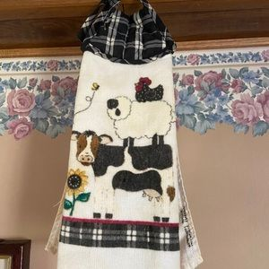 Country kitchen dish towel